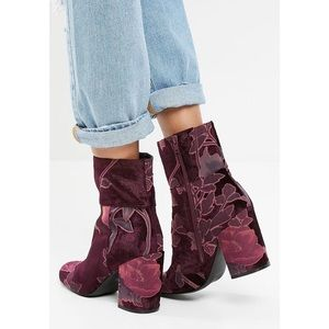 Steve Madden velvet floral booties
